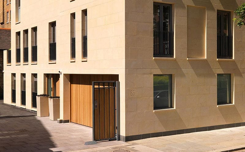 contractor build project exterior