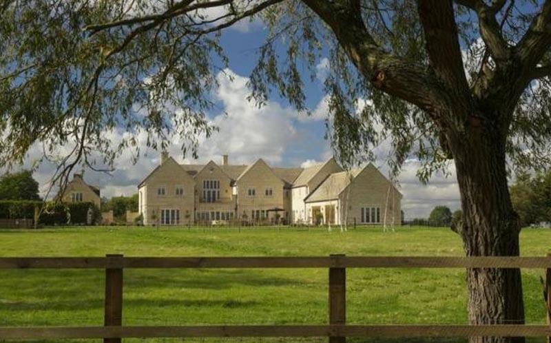 private residence clipsham limestone 2