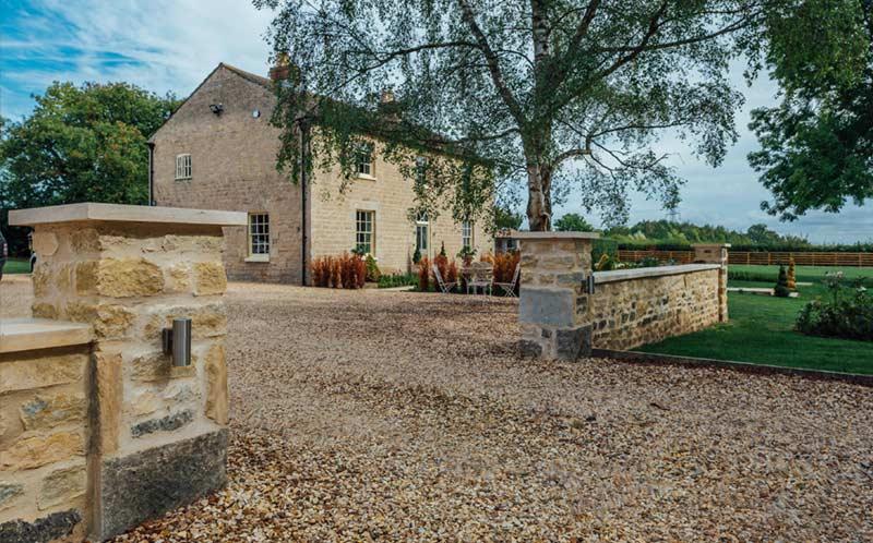 Lodge Farm Grey cropped walling driveway